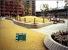音羽公園擬木ロープ柵設置工事
